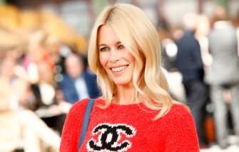 PARIS, FRANCE - MAY 03: Claudia Schiffer attends the Chanel Cruise 2020 Collection : Photocall In Le Grand Palais on May 03, 2019 in Paris, France. (Photo by Julien M. Hekimian/Getty Images for Chanel)