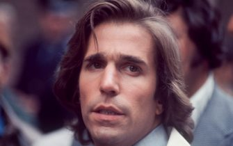 "Henry Winkler; close-up; during the filming of ""Hero""; 1977. (Photo by Art Zelin/Getty Images)"