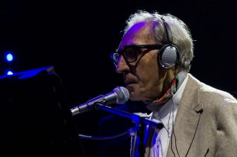"""TORINO, ITALY - 2014/11/07: The songwriter, composer and Italian director Franco Battiato performs live during the fourteenth edition of the electronic's festival, """"Club To Club"""". (Photo by Elena Aquila/Pacific Press/LightRocket via Getty Images)"""