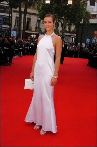 FRANCE - MAY 22:  57th Cannes Film Festival, red carpet arrivals for the closing ceremony in Cannes, France on May 22, 2004 - Cecile De France dressed by Giorgio Armani.  (Photo by Pool CATARINA/DEROUBAIX/Gamma-Rapho via Getty Images)