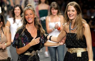 Gisele Bundchen during Rio Fashion Week Spring/Summer 2006 - Colcci - Runway at Modern Art Museum in Rio de Janiero, Brazil. (Photo by Randy Brooke/WireImage)