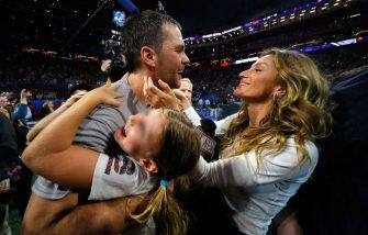 ATLANTA, GA - FEBRUARY 03:  Tom Brady #12 of the New England Patriots celebrates with his wife Gisele Bündchen after the Super Bowl LIII against the Los Angeles Rams at Mercedes-Benz Stadium on February 3, 2019 in Atlanta, Georgia. The New England Patriots defeat the Los Angeles Rams 13-3.  (Photo by Kevin C. Cox/Getty Images)