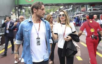 epa06766993 Former Italian soccer player Francesco Totti and his wife Ilary Blasi during the 2018 Formula One Grand Prix of Monaco at the Monte Carlo circuit in Monaco, 27 May 2018.  EPA/SRDJAN SUKI