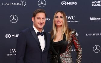 epa06569287 Former Italian soccer player Francesco Totti (L) and his wife Ilary Blasi (R) arrive at the 2018 Laureus World Sports Awards in Monaco, 27 February 2018. The annual Laureus Awards are held to honor people whom make a notable impact and remarkable accomplishments in the world of sport throughout the year.  EPA/SEBASTIEN NOGIER