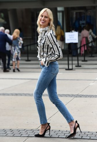 NEW YORK, NEW YORK - SEPTEMBER 08: Karolina Kurkova is seen wearing a Tory Burch top and blue Levis jeans and Aquazzura shoes outside the Tory Burch show during New York Fashion Week S/S20 on September 08, 2019 in New York City. (Photo by Daniel Zuchnik/Getty Images)