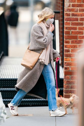 NEW YORK, NEW YORK - JANUARY 24: Naomi Watts is seen in Tribeca on January 24, 2021 in New York City. (Photo by Gotham/GC Images)