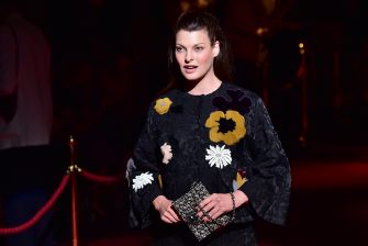 Model Linda Evangelista attends the Dolce & Gabbana collection show during the 2015 Spring / Summer Milan Fashion Week on September 21, 2014 in Milan.    AFP PHOTO / GIUSEPPE CACACE        (Photo credit should read GIUSEPPE CACACE/AFP via Getty Images)