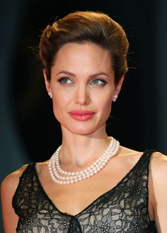 VENICE, ITALY - SEPTEMBER 02:  Actress Angelina Jolie attends The Assassination Of Jesse James By The Coward Robert Ford premiere in Venice during day 5 of the 64th Venice Film Festival on September 2, 2007 in Venice, Italy.  (Photo by MJ Kim/Getty Images)