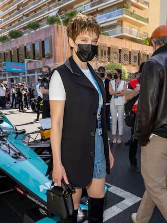 MONACO, MONACO - MAY 08: Lea Seydoux attends the ABB FIA Formula E Monaco E-Prix on May 08, 2021 in Monaco, Monaco. (Photo by Arnold Jerocki/WireImage)
