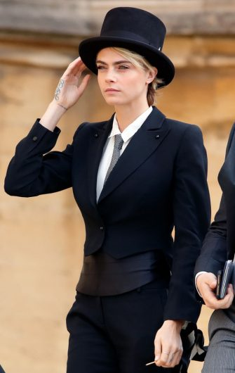 WINDSOR, UNITED KINGDOM - OCTOBER 12: (EMBARGOED FOR PUBLICATION IN UK NEWSPAPERS UNTIL 24 HOURS AFTER CREATE DATE AND TIME) Cara Delevingne attends the wedding of Princess Eugenie of York and Jack Brooksbank at St George's Chapel on October 12, 2018 in Windsor, England. (Photo by Max Mumby/Indigo/Getty Images)