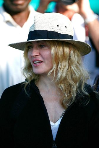 LILONGWE, MALAWI - MARCH 29:  Madonna  attends a briefing at Chinkhota Village outside Lilongwe where a new school has been established with her backing on March 29, 2009  in Lilongwe, Malawi. Madonna is visiting Malawi to begin the process of adopting another child. (Photo by Michelly Rall/Getty Images)