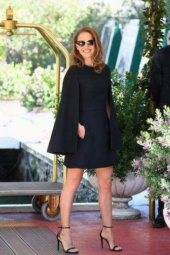 VENICE, ITALY - SEPTEMBER 04:  Natalie Portman is seen during the 75th Venice Film Festival on September 4, 2018 in Venice, Italy.  (Photo by Daniele Venturelli/Daniele Venturelli/GC Images,)