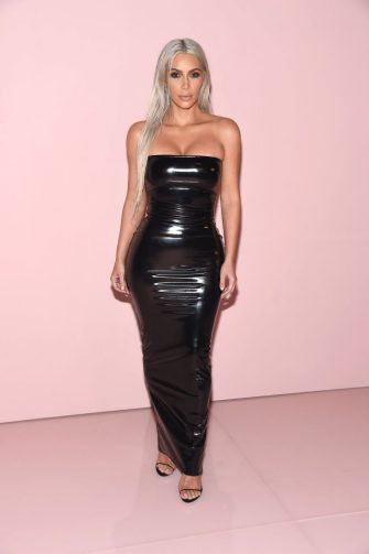 NEW YORK, NY - SEPTEMBER 06: Kim Kardashian attends the Tom Ford fashion show during New York Fashion Week on September 6, 2017 in New York City.  (Photo by Gary Gershoff/WireImage)