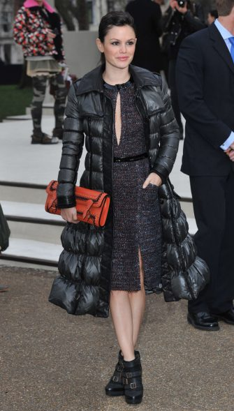 LONDON, UNITED KINGDOM - FEBRUARY 21:  Rachel Bilson attends the Burberry Prorsum Show at London Fashion Week Autumn/Winter 2011 at Kensington Gardens on February 21, 2011 in London, England. (Photo by Stuart Wilson/Getty Images)