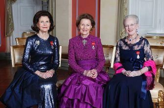 Picture taken on January 17, 2016 at the Royal Castle in Oslo shows (L-R) Queen Silvia of Sweden, Queen Sonja of Norway and Queen Margrethe of Denmark on the occasion of the 25th anniversary of Norway's King Harald's ascension to the throne. / AFP / NTB SCANPIX / Lise AASERUD / Norway OUT        (Photo credit should read LISE AASERUD/AFP via Getty Images)
