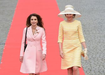 Jordan's Queen Rania (L) and Belgium's Queen Mathilde look on before a reception at the royal palace in Brussels on May 18, 2016, during a state visit of Jordan's King and Queen to Belgium.  / AFP / JOHN THYS        (Photo credit should read JOHN THYS/AFP via Getty Images)