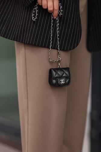 DUSSELDORF, GERMANY - AUGUST 08:  Maria Barteczko wearing Zara black oversized blazer and brown pants and Chanel mini bag on August 08, 2021 in Dusseldorf, Germany. (Photo by Jeremy Moeller/Getty Images)