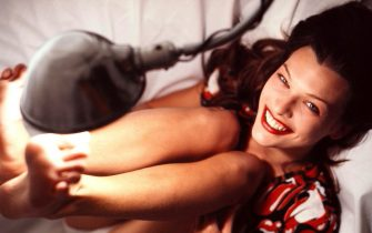 LOS ANGELES: Actress/Model Milla Jovovich poses for a magazine shoot in a studio in Los Angeles,California during 1992.(Photo by Michael Tighe/Donaldson Collection/Getty Images)
