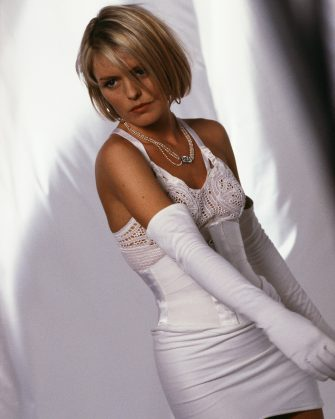 Engllish actress and singer Patsy Kensit, circa 1995.  (Photo by Tim Roney/Getty Images)