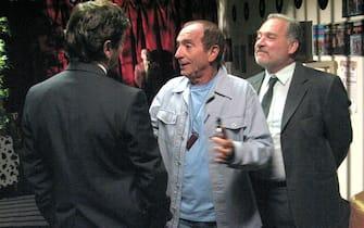 Raoul Casadei (c) e Giorgio Colangeli  (d) in una foto di scena del film  'Ogni volta che te ne vai'. La commedia sara' nelle sale italiane da mercoledi' 23 aprile. ANSA/US