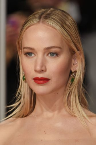 LONDON, ENGLAND - FEBRUARY 18:  Jennifer Lawrence attends the EE British Academy Film Awards (BAFTA) held at Royal Albert Hall on February 18, 2018 in London, England.  (Photo by David M. Benett/Dave Benett/Getty Images)
