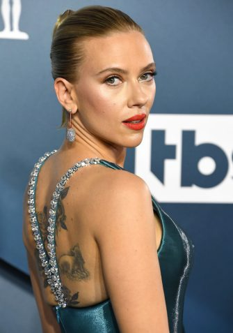 LOS ANGELES, CALIFORNIA - JANUARY 19: Scarlett Johansson arrives at the 26th Annual Screen ActorsGuild Awards at The Shrine Auditorium on January 19, 2020 in Los Angeles, California. (Photo by Steve Granitz/WireImage)