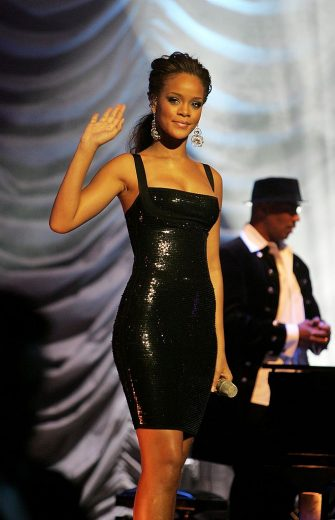LONDON - SEPTEMBER 20: Rihanna performs on stage at the MOBO Awards 2006 at The Royal Albert Hall on September 20, 2006 in London, England. (Photo by Dave Hogan/Getty Images)
