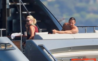 SASSARI, ITALY - AUGUST 14: Helena Seger and Zlatan Ibrahimovic are seen on a yacht on August 14, 2020 in Sassari, Italy. (Photo by Robino Salvatore/GC Images)
