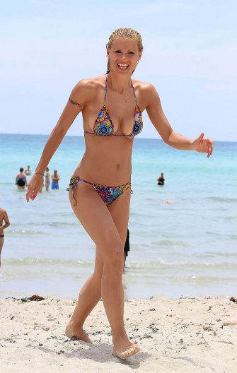 MIAMI, FL - JUNE 03:  Michelle Hunziker is seen on June 03, 2012 in Miami, Florida.  (Photo by Bauer-Griffin/GC Images)