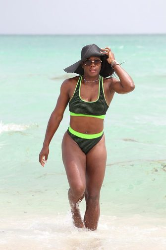 MIAMI, FL - SEPTEMBER 13: Serena Williams is seen on September 13, 2014 in Miami, Florida. (Photo by Miami Photo/GC Images)