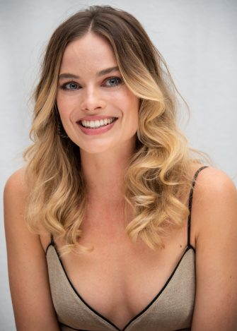 """BEVERLY HILLS, CALIFORNIA - JULY 12: Margot Robbie at the """"Once Upon A Time In Hollywood"""" Press Conference at the Four Seasons Hotel on July 12, 2019 in Beverly Hills, California. (Photo by Vera Anderson/WireImage)"""