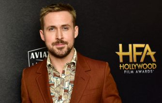 BEVERLY HILLS, CALIFORNIA - NOVEMBER 04: Ryan Gosling poses in press room at the 22nd Annual Hollywood Film Awards on November 04, 2018 in Beverly Hills, California. (Photo by Rodin Eckenroth/Getty Images)