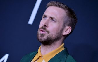 """WASHINGTON, DC - OCTOBER 04:  Actor Ryan Gosling attends the """"First Man"""" premiere at the National Air and Space Museum on October 4, 2018 in Washington, DC.  (Photo by Shannon Finney/Getty Images)"""