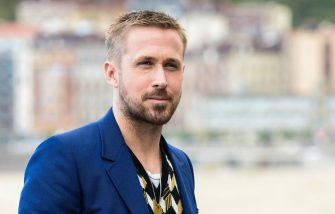 SAN SEBASTIAN, SPAIN - SEPTEMBER 24:  Actor Ryan Gosling attends 'First Man' photocall during 66th San Sebastian Film Festival on September 24, 2018 in San Sebastian, Spain.  (Photo by Carlos Alvarez/Getty Images)
