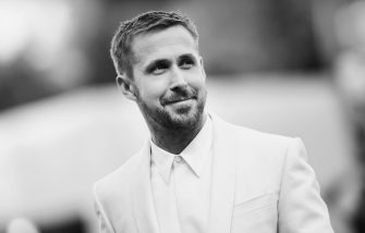 VENICE, ITALY - AUGUST 29:  (EDITORS NOTE: This image has been converted in black and white) Ryan Gosling walks the red carpet ahead of the opening ceremony and the 'First Man' screening during the 75th Venice Film Festival at Sala Grande on August 29, 2018 in Venice, Italy.  (Photo by Stefania D'Alessandro/WireImage)