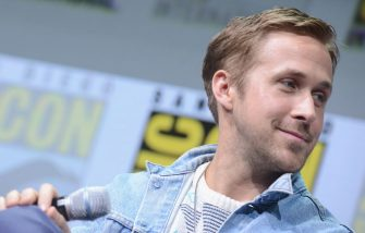 """SAN DIEGO, CA - JULY 22:  Actor Ryan Gosling attends the Warner Bros. Pictures """"Blade Runner 2049"""" Presentation during Comic-Con International 2017 at San Diego Convention Center on July 22, 2017 in San Diego, California.  (Photo by Albert L. Ortega/Getty Images)"""