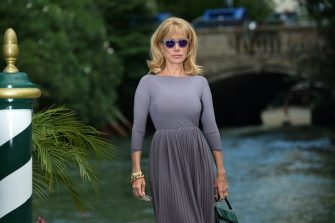 Actress Nancy Brilli arrives at Venice Lido during the 72nd Venice International Film Festival on September 8, 2015.   AFP PHOTO / TIZIANA FABI / AFP / TIZIANA FABI        (Photo credit should read TIZIANA FABI/AFP via Getty Images)