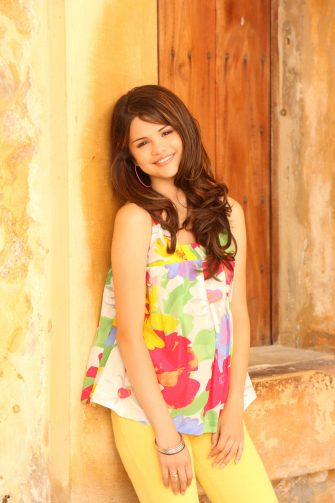 """WIZARDS OF WAVERLY PLACE - Selena Gomez stars as Alex Russo on Disney Channel's Original Movie based on the hit series for kids and families, """"Wizards of Waverly Place."""" (DISNEY CHANNEL/BOB D'AMICO)"""