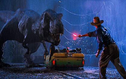 Jurassic Park di nuovo primo al box office, 27 anni dopo