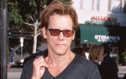 Auguri Kevin Bacon, com'è cambiato l'attore di Footloose