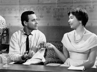 JACK LEMMON & SHIRLEY MACLAINE in The Apartment *Editorial Use Only* www.capitalpictures.com sales@capitalpictures.com Supplied by Capital Pictures