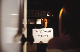 Quality: Original.   Film Title: Love Actually.   Pictured: Mark (ANDREW LINCOLN) is a Londoner helplessly in the grip of love in the romantic ensemble comedy Love Actually, the directorial debut of screenwriter Richard Curtis (Four Weddings And A Funeral, Bridget Jones' Diary, Notting Hill).   Photo Credit: © Peter Mountain.   ©2003  Universal Studios.  ALL RIGHTS RESERVED.   For further information: please contact your local UIP Press Office.