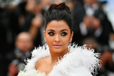 La star di Bollywood Aishwarya Rai positiva al coronavirus