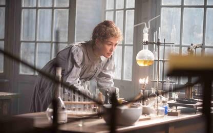 Radioactive, su Sky Primafila il film biografico su Marie Curie