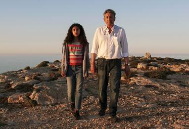 Nour, Sergio Castellitto è Pietro Bartolo nel film di Zaccaro