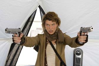RE3-022 Milla Jovovich stars in Screen Gems' action/horror film RESIDENT EVIL: EXTINCTION.