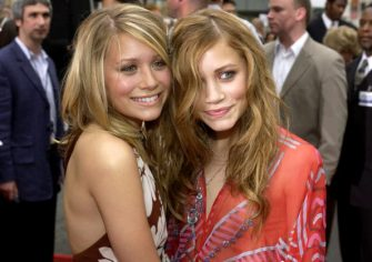 """Ashley Olsen and Mary-Kate Olsen during """"Charlie's Angels 2 - Full Throttle"""" Premiere - Red Carpet at Mann's Chinese Theatre in Hollywood, California, United States. (Photo by L. Cohen/WireImage)"""