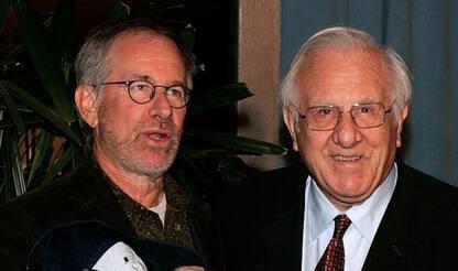 E' morto il padre di Steven Spielberg: ispirò Salvate il Soldato Ryan