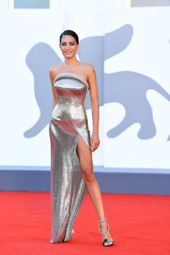 """VENICE, ITALY - SEPTEMBER 02: Elodie walks the red carpet ahead of the Opening Ceremony and the """"Lacci"""" red carpet during the 77th Venice Film Festival at  on September 02, 2020 in Venice, Italy. (Photo by Daniele Venturelli/WireImage,)"""