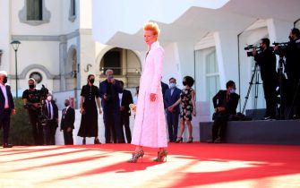 """VENICE, ITALY - SEPTEMBER 03: Tilda Swinton walks the red carpet ahead of the movie """"The Human Voice"""" at the 77th Venice Film Festival at  on September 03, 2020 in Venice, Italy. (Photo by Franco Origlia/Getty Images)"""